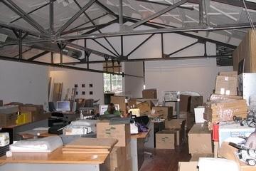 mobiliers-de-bureaux-et-materiel-informatique-438184-fr-thumb
